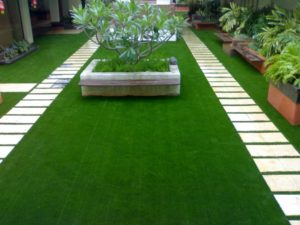 Outdoor-Artificial-Grass-Carpet-Lowes
